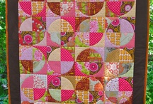 Circle quilts / by Karen Ganske