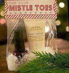 Christmas Crafts and Ideas / by Vicki Roberts Techau