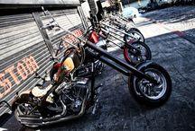 custom choppers / by Kaan Sar