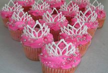 Cupcakes / by Hilary Blanchard