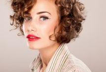 Curly hair looks / by Stephanie Hernandez
