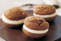 Whoopie Pies / by Lydia Sestito