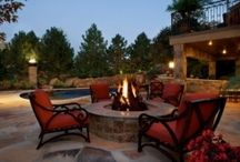 Outdoor Entertaining / by Danielle Spencer