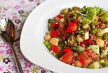 FOOD - Soups & Salads / by Alissa Adams
