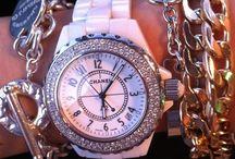 Accessoires,bijoux,montres,.etc... / by coty mont