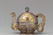 Persian Tea Pots / by Denise Dehestani