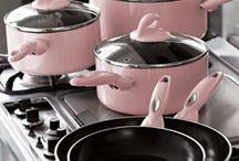 Kitchen's in the pink / by Margo Bangert