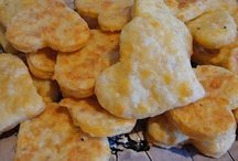 FOOD - Chips & Crackers / by ourfamily07
