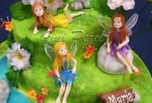 Hadas by Angela / A mi hija Angela le gustan los cuentos de hadas, princesas... este es un espacio para dejar volar su imaginación :-) / by Maria Torres