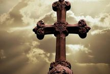 Crosses / by Laura Walthers