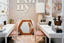 Offices that inspire / by Oksana Bellas