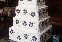 Wedding Cakes / by Arkansas BridalShow
