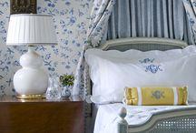 Bedrooms / by Joanna Gras