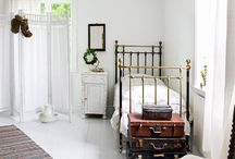 Single beds / by Deborah Mansell Designs