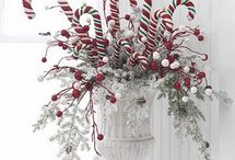 Christmas Crafts & Decorations / by Barbara J Plunkett