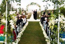 Colorado Mountain wedding venues / Pin your favorite Colorado Mountain wedding venues! / by Heather Dwight {Calluna Events}