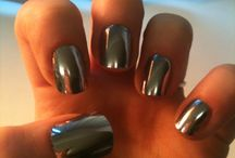 Nails / by Roxanne Menzies