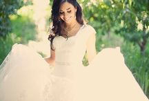 Wedding Dresses / by Paulette Mcelmoyle