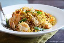 Noodles / by Trang Nguyen