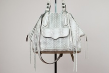 Handbags to die for / by Stacy Geisinger