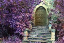ARCHITECTURE | doors / by Joanne D'Amico