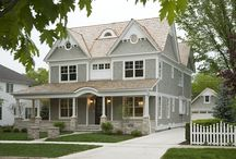 Nantucket Style Homes / by Monique Chilelli