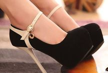 Shoes, shoes, shoes... / by Ana Caroline Procópio