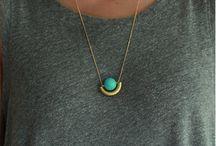jewelry jealousy / by Mary Pullias Henderson