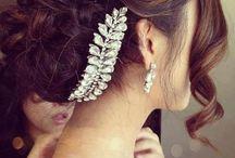 Hairstyles / by Carolina Miani