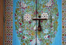 Puertas, Portales, Ventanas y Escaleras / by Traveler Zone - Inspiración para viajar