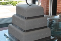Wedding cakes / by April Westbrook