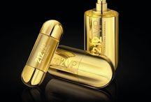 The Cosmetics & Perfume I <3 / by Ylona van Toor