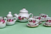 Tiny Tea Sets / by Elaine Elaine