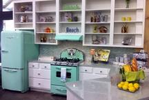 Kozy kitchen / by Kathryn Greer