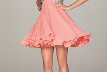 dresses / by Jenna Gilberti