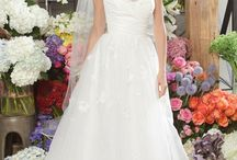 Hey, a girl can dream!--Wedding Edition / by Brandy Benito
