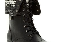 Combat boots / by Superwoman