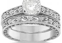 Antique Vintage Style Engagement Rings / Exquisite vintage and antique style engagement rings that we love. Our board also contains some of our favorite unique engagement rings. We would love for you to browse and tell us what you think.  / by Allurez