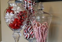 Holiday Decor / by Melissa Shevchenko (FitGirlsRock)