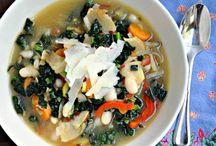 Food - Soups / by Rachel Stansfield
