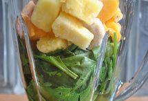 Best Smoothie Recipes / Who doesn't love a smoothie!  / by Kristina Lynn