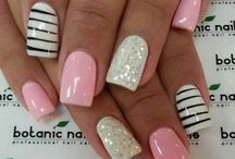 Nail designs L♥ve / by Kelly Jean