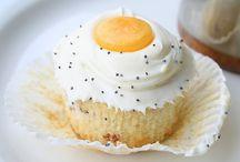 Cakes/cupcakes / by Karen Pietrolungo
