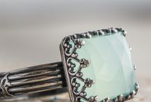 Sparkly Things! / by Rebecca Devitt