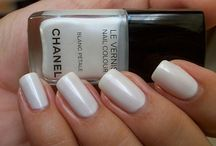 Nails, hair, beauty products / by Diane Levine Winer