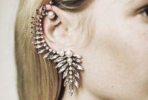 Jewellery Junkie / by Tara Byakko