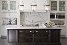 Kitchen / by Caroline Ricci