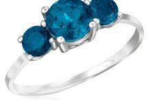 Rings / by Shadora.com