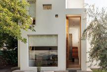 Architecture / by Celia Lauzon