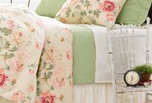 Cottage/Shabby Chic/Lovely Rooms / This is what I want my house to look like.  Big plans!!! / by Pam Feather-Estrada